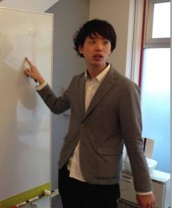 講師 吉岡 大輝